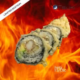 Hot fried maki con centro de tempura de langostino y aguacate